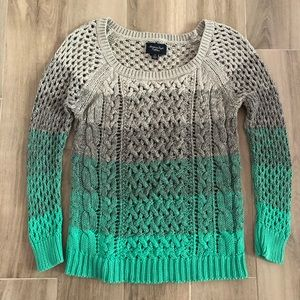 American Eagle S/P Gray Green Cable Knit Sweater